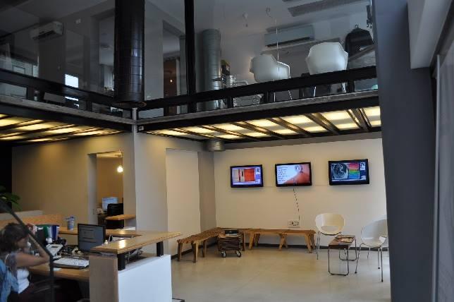 ענק כיתות להשכרה במרכז תל אביב | המכינה הבינתחומית לעיצוב ואדריכלות MV-12